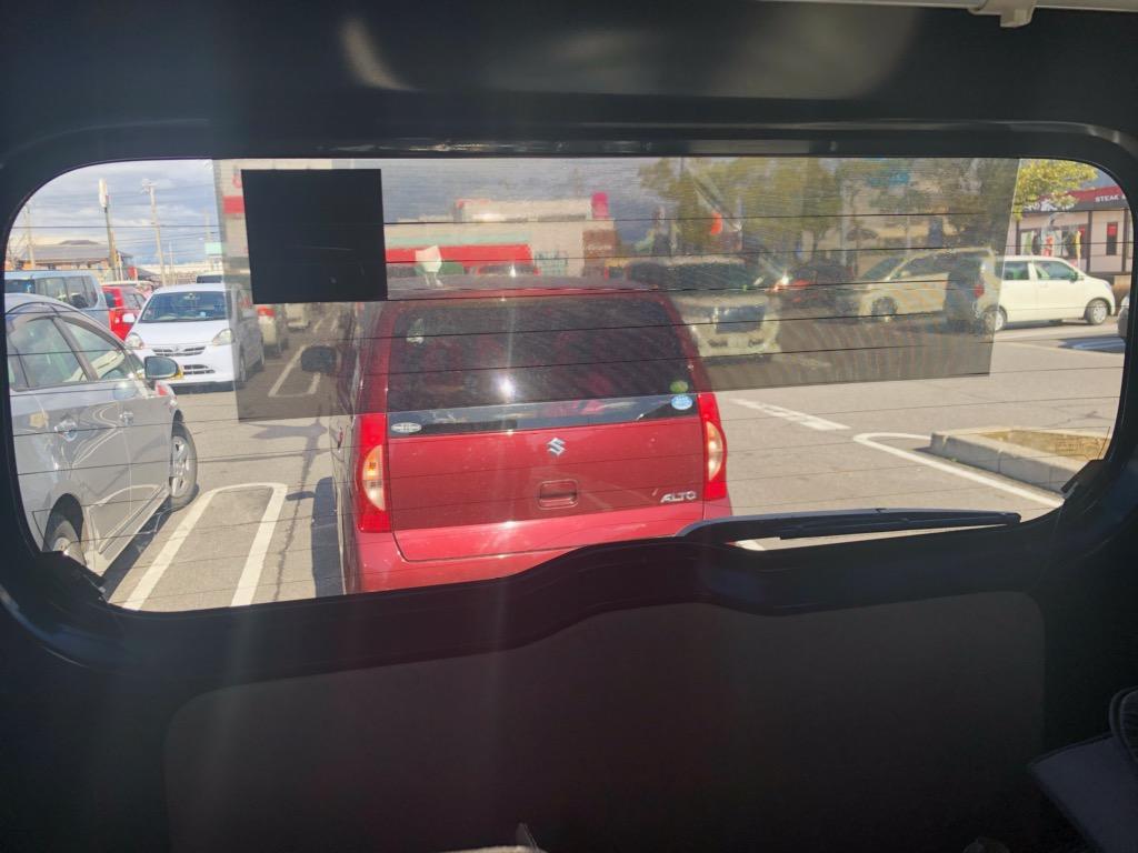 (車内から)リアウィンドー/外貼り・横ストライプ